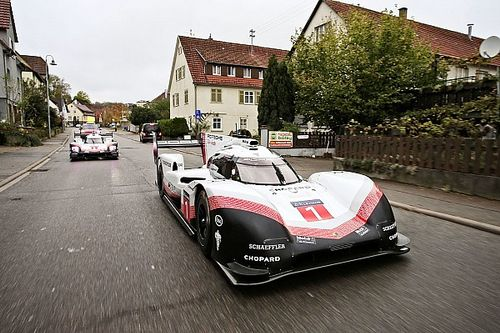 Webber drives 919 Evo in 'Tribute Tour' finale