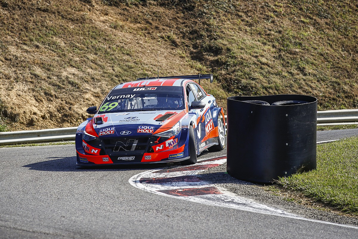 France WTCR: Vernay wins to remain in title hunt