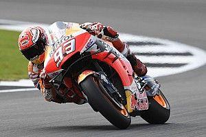 Márquez se muestra intratable en Silverstone