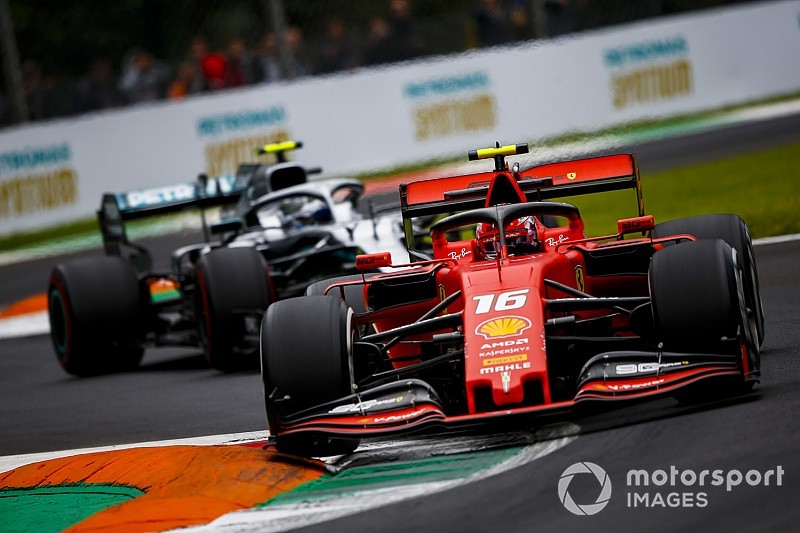 F1, Monza: Leclerc e la Ferrari in pole, ma è polemica!