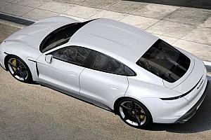 A Teslához hasonlóan a Porsche is megcsúszik a Taycan-kiszállításokkal