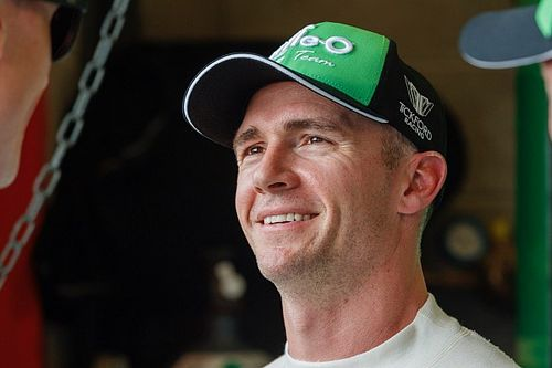 Holdsworth to retain Tickford Supercars seat