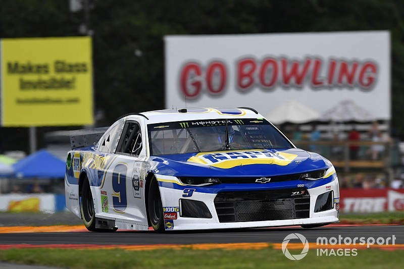 Chase Elliott dominates Stage 1 at Watkins Glen