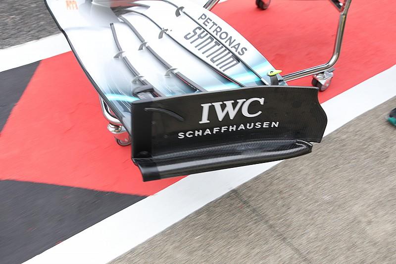 A Mercedes érdekes megoldása az első szárnyon