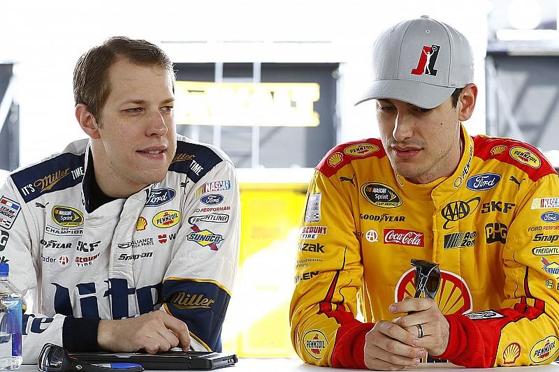 Penske duo lead opening Sprint Cup practice in Las Vegas