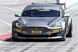 Electric GT tunda musim perdananya