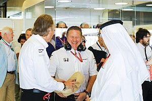 """Brown, tras el adiós a Honda: """"Dennis habría querido lo mejor para McLaren"""""""