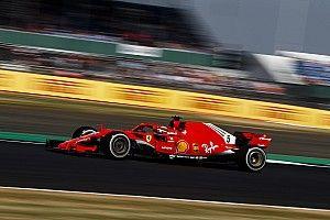 Vettel cerró el viernes delante de Hamilton en Silverstone