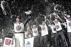 NASCAR Cup Series: Harvick menang dominan di Atlanta
