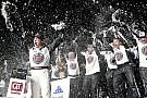 Harvick domina e volta a vencer em Atlanta após 17 anos