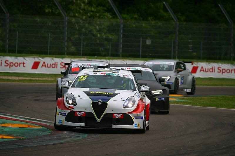 Misano, Libere 1: Ferrara è subito un fulmine con l'Alfa Romeo