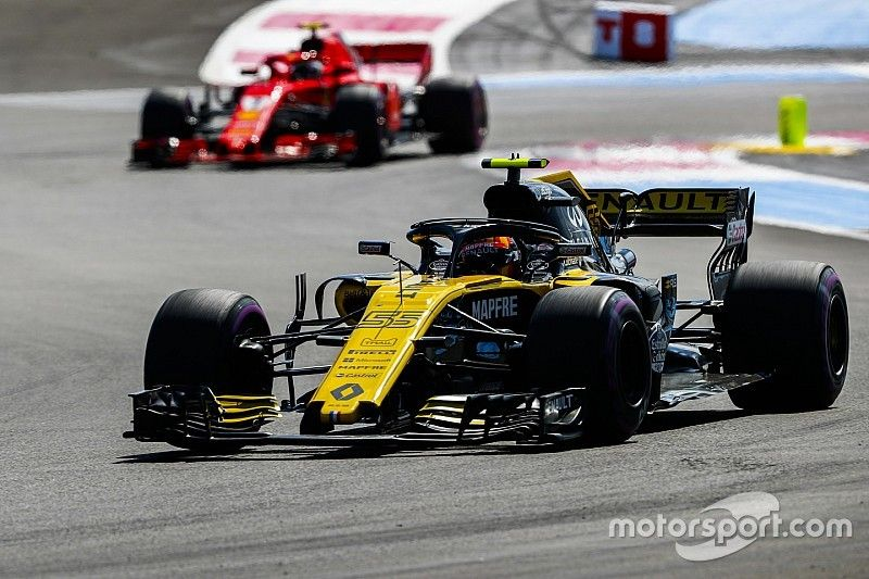 """Renault siente que es el """"daño colateral"""" en la carrera armamentística de motores"""