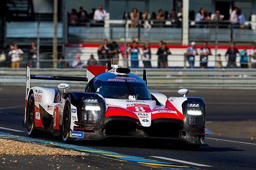 Le Mans 24h: Toyotas a lap clear after four hours