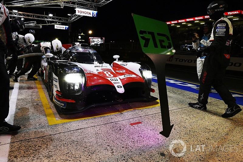 Le Mans 24 Saat: Alonso'nun umutları, Buemi'nin cezası ile yara aldı