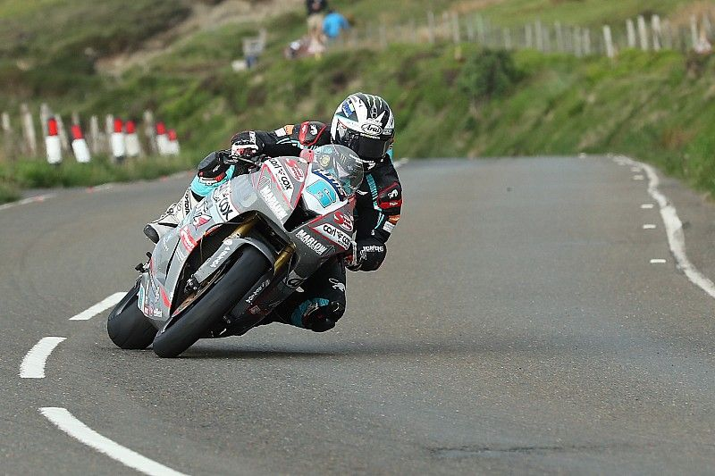 Isle of Man TT 2018: Michael Dunlop holt 17. Sieg