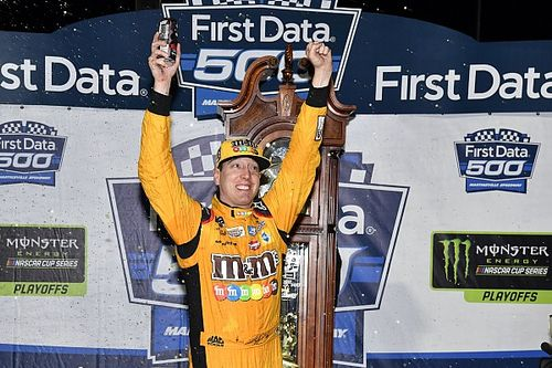 Chaos ensues in closing laps at Martinsville, Kyle Busch takes win