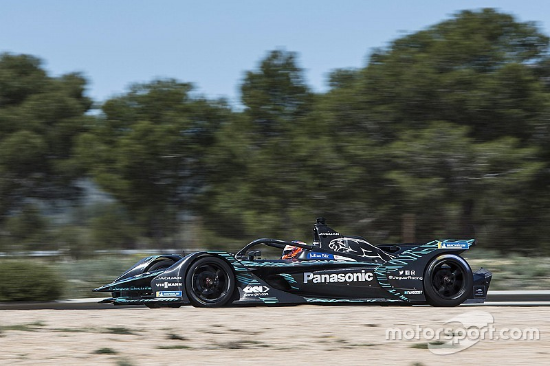 "New Formula E car ""between prototype and single-seater"""