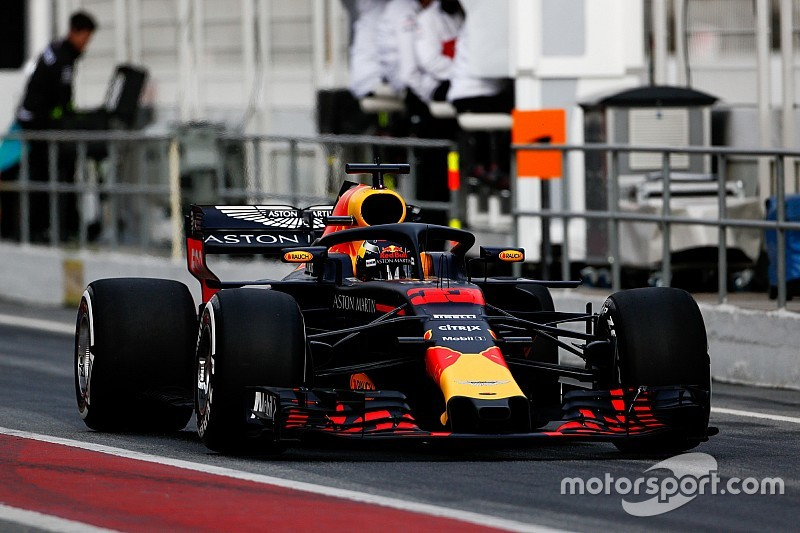 Hamilton: Melbourne updates could send Red Bull top