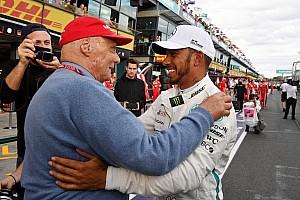 Hamilton: 'Teria sido campeão só uma vez se não fosse por Lauda'