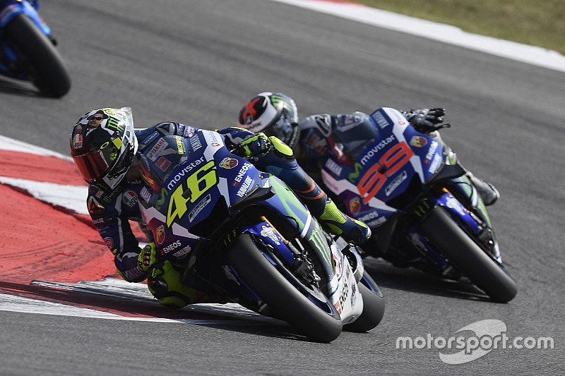 "Rossi: ""I won't allow Lorenzo to say I'm a dirty rider"""