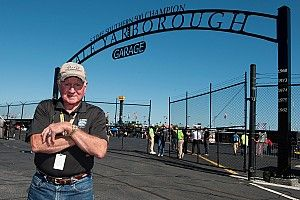 Darlington Raceway dedicates Cup garage to Cale Yarborough