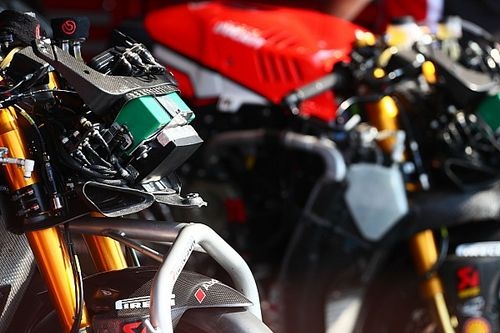 Ducati testet das neue V4-Superbike in Jerez