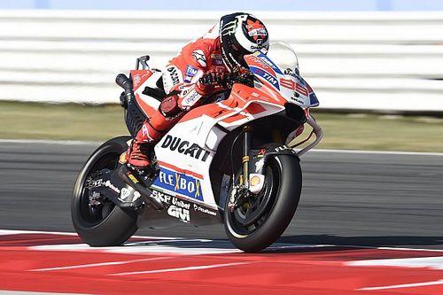 Lorenzo apoyaría a Dovizioso si está en juego el título