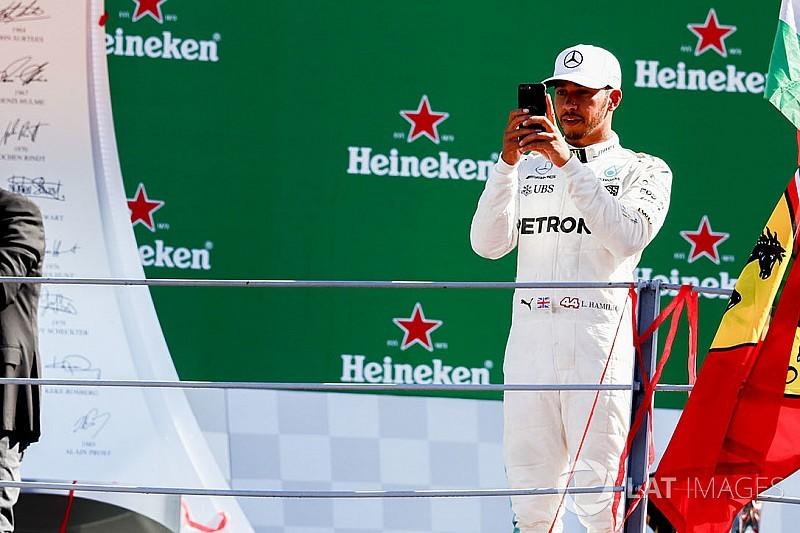 """Villain"" Hamilton unfazed by Ferrari fans' booing"