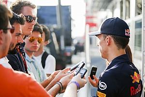 Формула 1 Комментарий Гасли выразил надежду, что через три недели выйдет на старт гонки Ф1