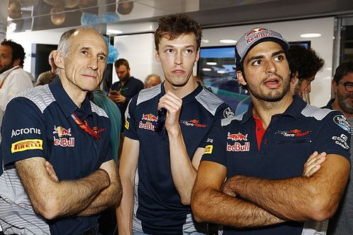 """Sainz harap Kvyat bisa kembali ke F1 """"secepatnya"""""""