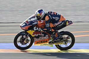 Moto3 Race report Valencia Moto3: Binder comes back from 22nd to win finale