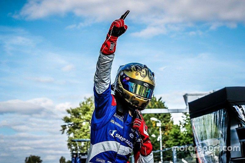 Шварцман стал чемпионом Toyota Racing Series