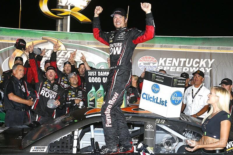 Truex Jr domina e vence etapa de Kentucky da NASCAR Cup