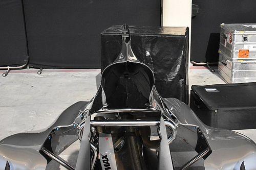 Mercedes: la pinna del cofano motore con la fessura più grande