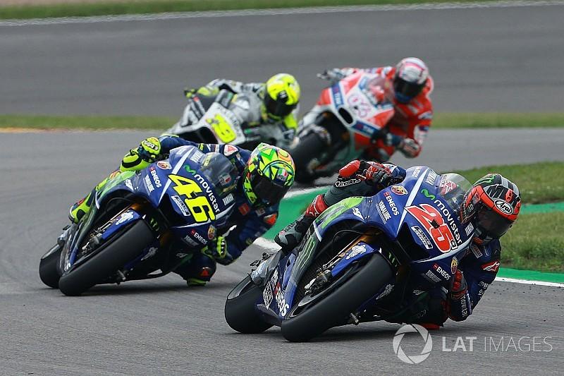 Após perder liderança, Viñales se queixa da Yamaha