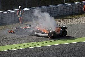 """براون كان في حالة """"عدم تصديق"""" لتوقف سيارة ألونسو في برشلونة"""