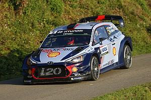 WRC Gara Thierry Neuville regala alla Hyundai la vittoria al Tour de Corse 2017