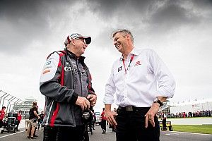 Supercars CEO set to leave at the end of 2017