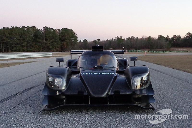 Visit Florida Racing tests its new Riley-Gibson