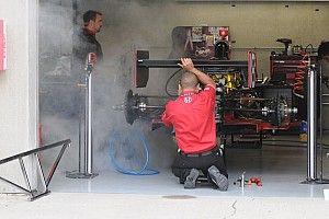 Грузовик с машиной Херты загорелся по пути на первый этап IndyCar
