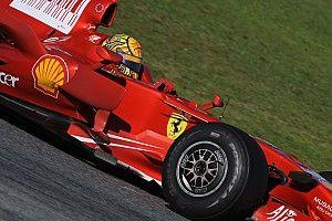 Galería: cuando pilotos de F1 y MotoGP se cambian por un día