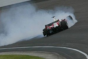 ザントフールトのバンクは「タイヤの空気圧を上げるしか対処法がない」とピレリ