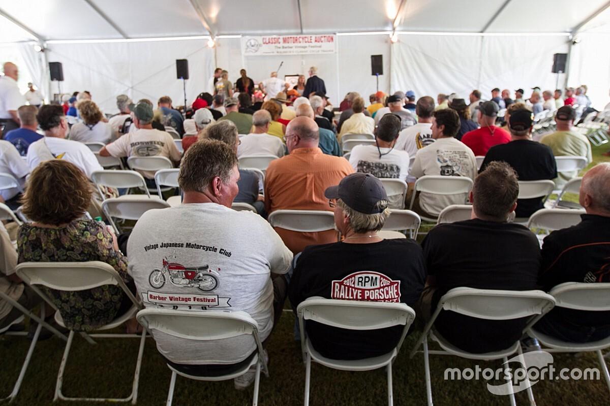 Пилотов Формулы 1 предлагают выставлять на аукцион
