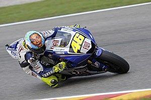 Ослик, сердце и глаз. Какие необычные шлемы Росси привозил на итальянские этапы MotoGP
