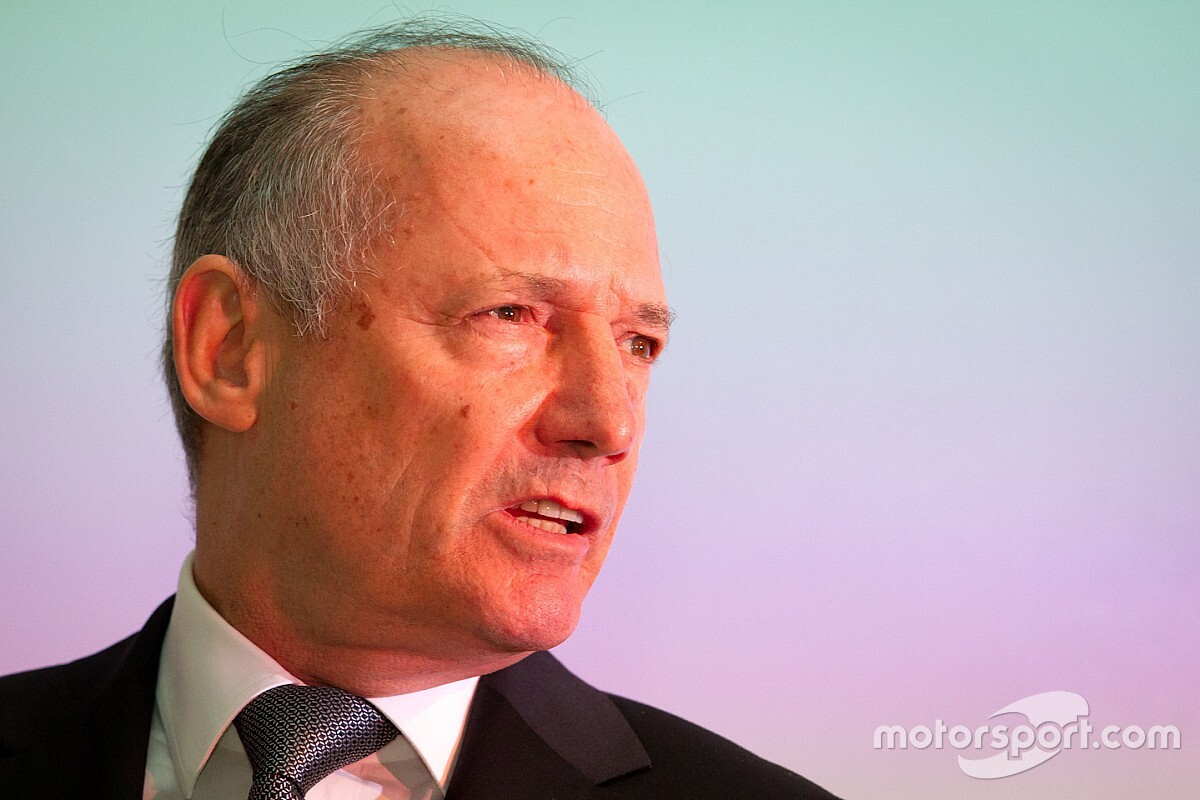 McLaren, Ron Dennis'in 333 milyon dolarlık ödemesini tamamladı