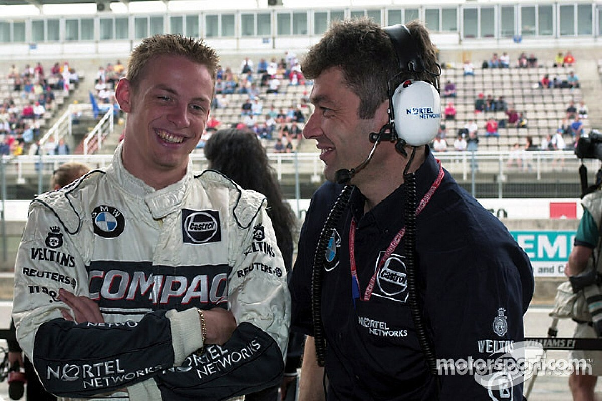 Váratlan fordulat: Button a Williamsnél folytatja!