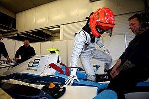 10 éve, hogy Schumacher visszatért, és egy GP2-es autóval tesztelt: képek, videó