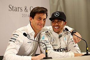Вольф: Mercedes не начнет проигрывать без Хэмилтона