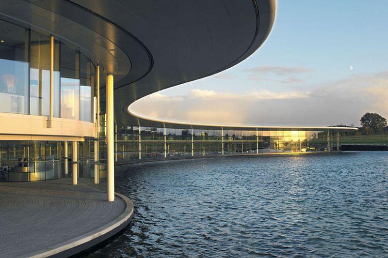 McLaren sells F1 factory in £170 million leaseback deal
