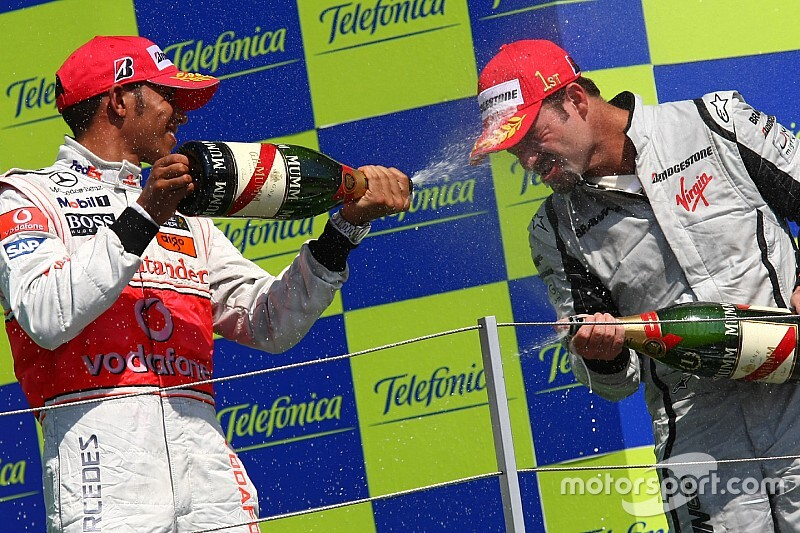 Barrichello revela que rejeitou proposta para ser companheiro de Hamilton na McLaren
